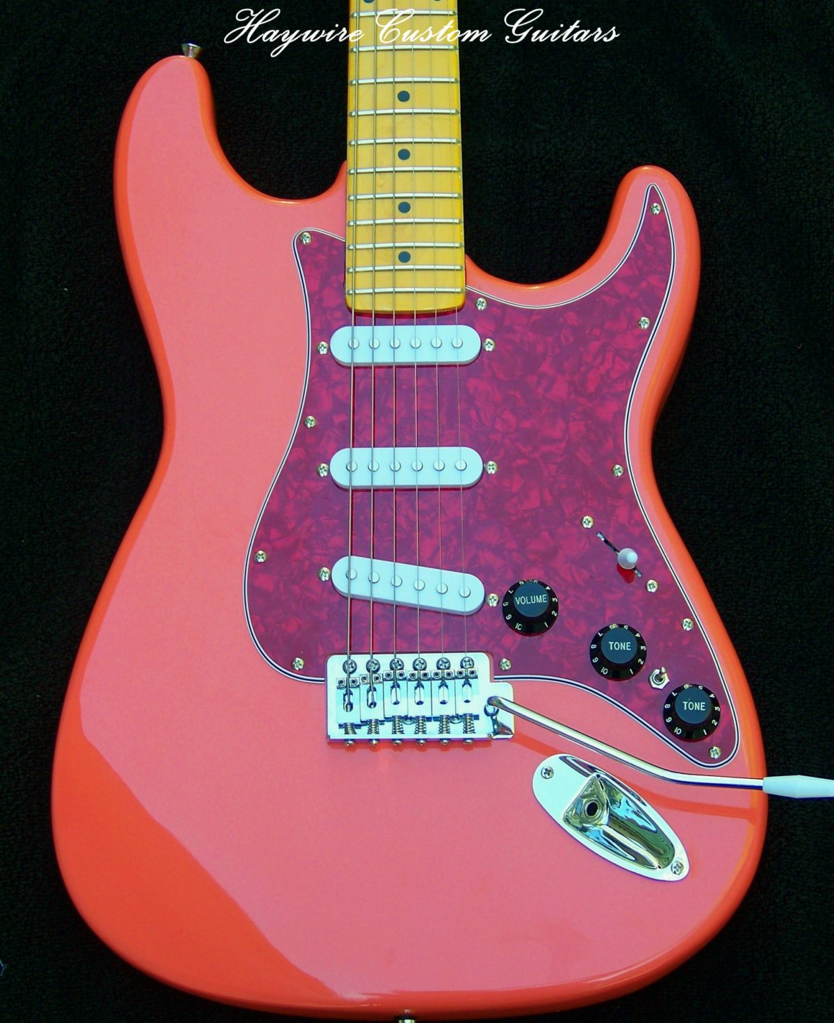 image Haywire Custom Guitars Tahitian Coral Super Light Guitars
