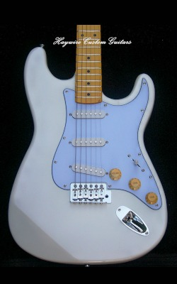 Haywire Custom Guitars Amber White Sky