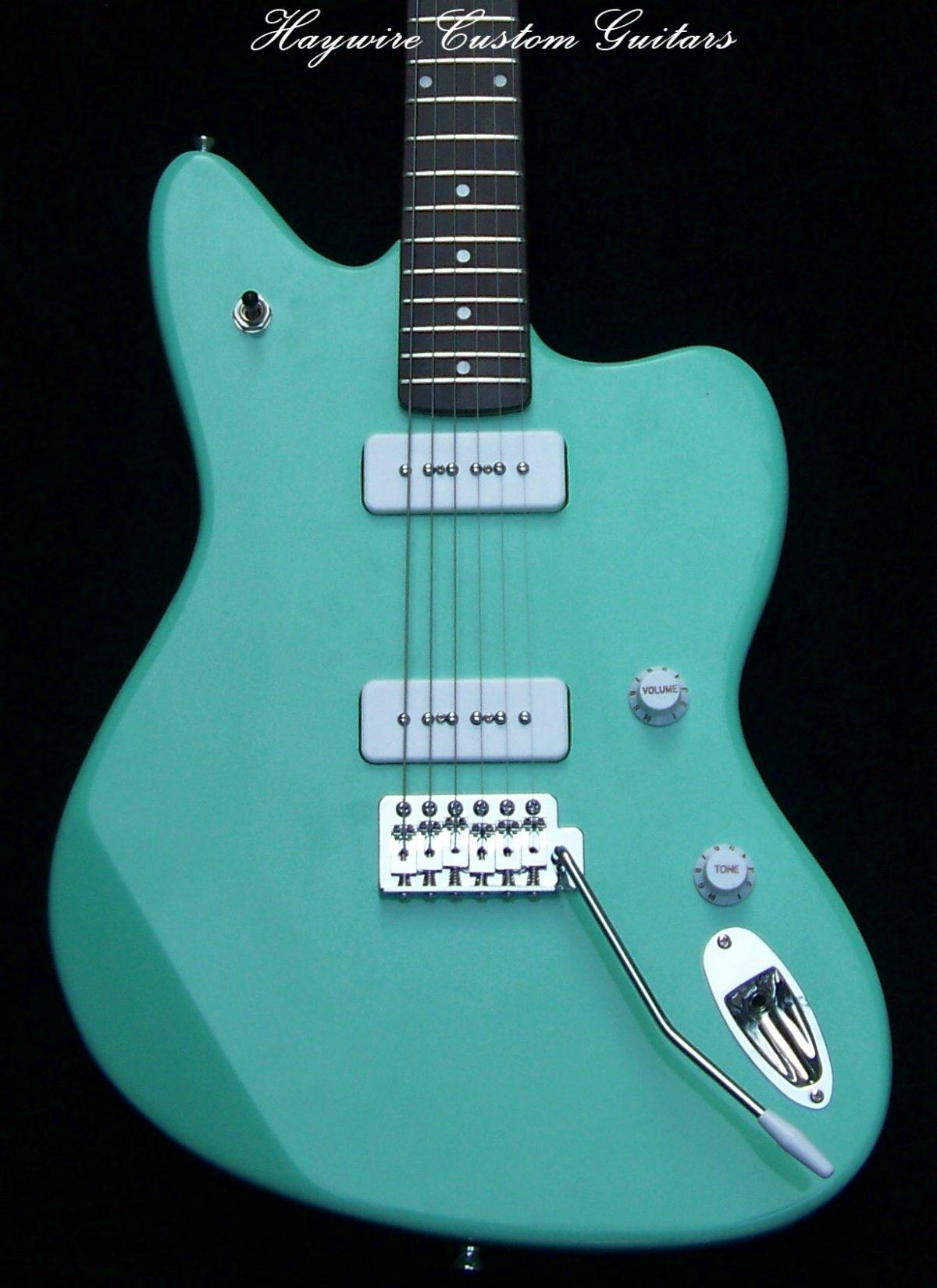 image New Haywire Custom Guitars Jazz White Pickup P-90 Surf Green 1
