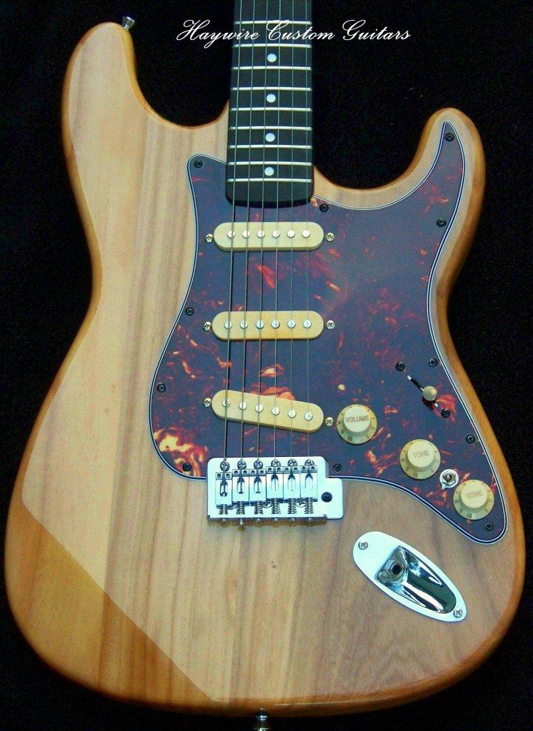 image Haywire Custom Guitars Feather-Light Guitar